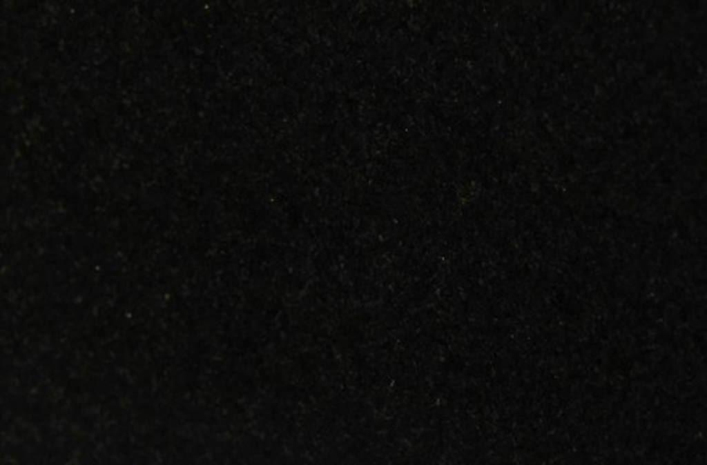Jet Black granit potpune crne boje dolazi iz Indije i Afrike