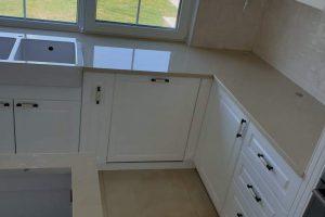 Kuhinjske radne ploče i šankovi mermeri i graniti Ilić