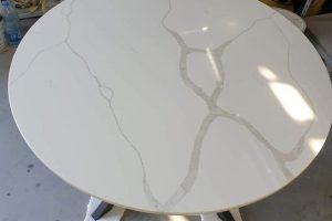 Ekskluzivni trpezarijski sto od mermera kvarca calacatta kalakata