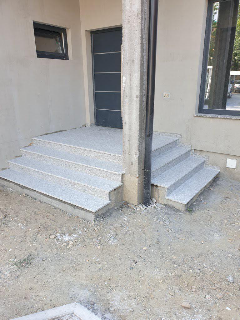 Stepenice od granita i mermera