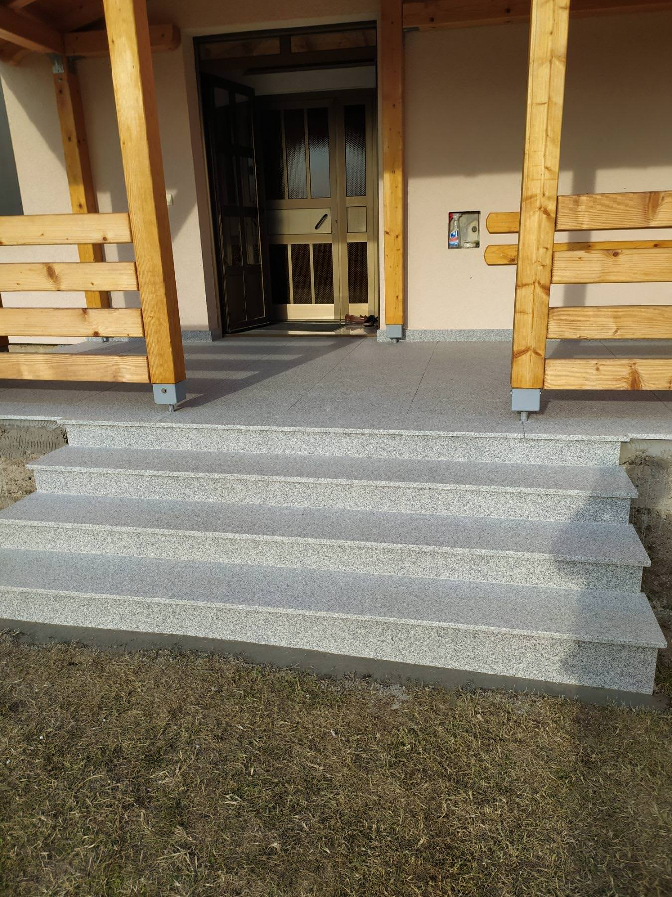 Oblganje stepenica granitom new crystal paljena obrada