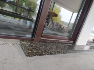 Stepenik od granita