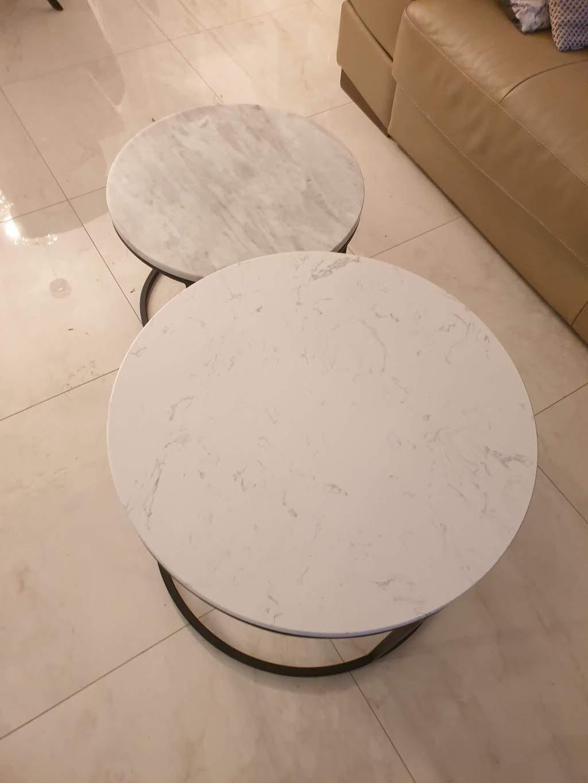 klub stolovi od mermera