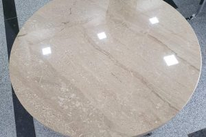 klub sto od mermera daino reale tekstura kamena