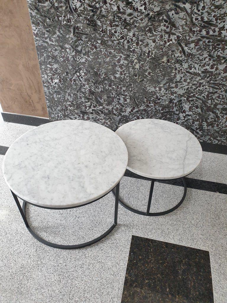 beli klub stolovi od mermera