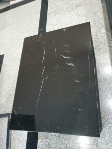 klub sto black marble