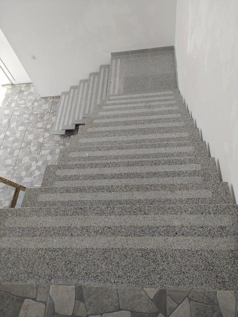 stepenice od granita