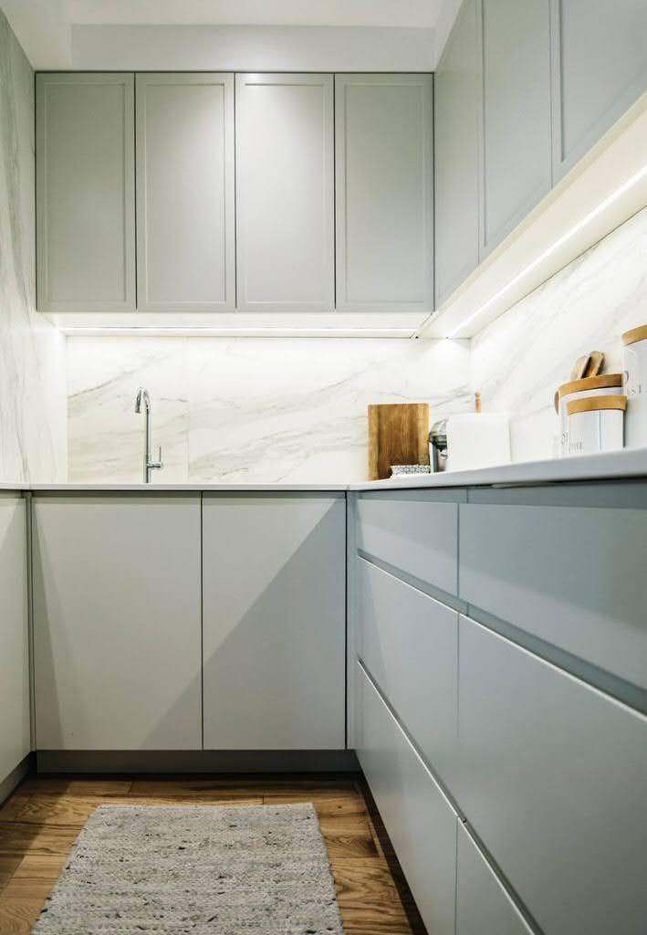 kuhinjske radne ploce od kvarca beli dezen