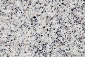 Granit new crystal granit može se pronaći u poliranoj i paljenoj varijanti dolazi iz Kine